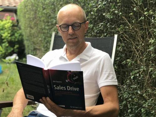 """Hartmut Sieck liest """"SALES DRIVE"""" - das Buch von Prof. Dr. Dirk Zupancic"""